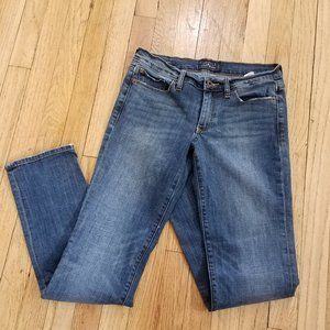 Lucky Brand Sweet Straight Jeans Size 2/26